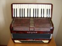 acordeon hohner verdi II